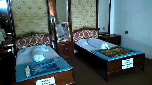 Ruang Tidur Soekarno, sederhana (foto dokpri)