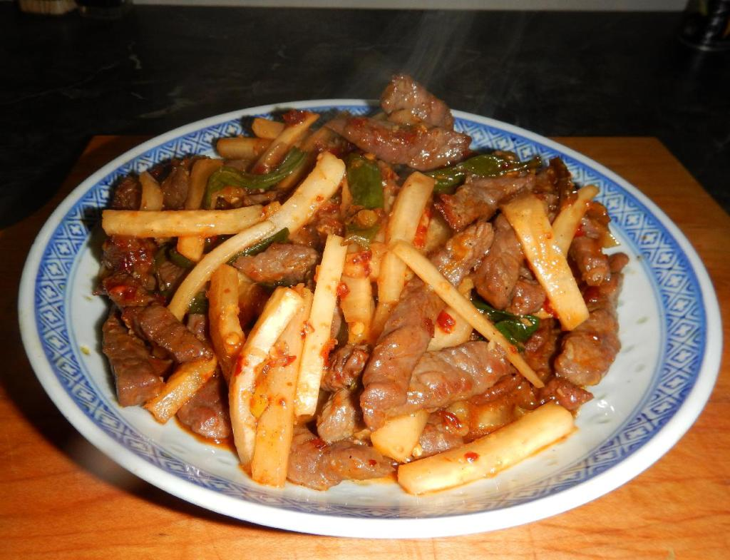 Spicy Beef with Daikon