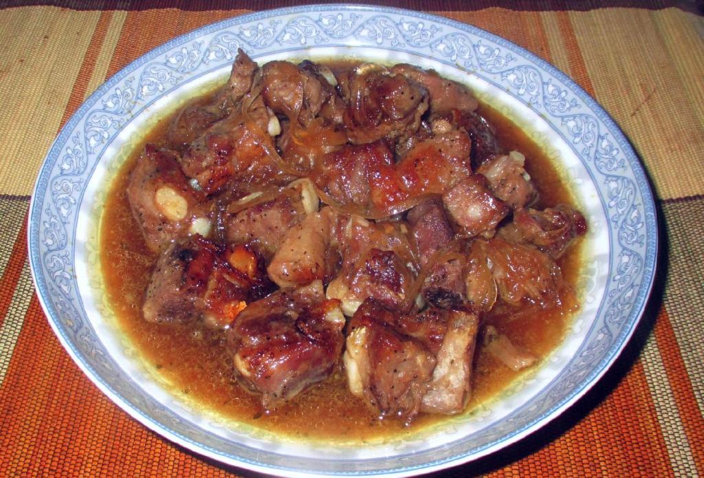 Restaurant-Style Honey Garlic Ribs