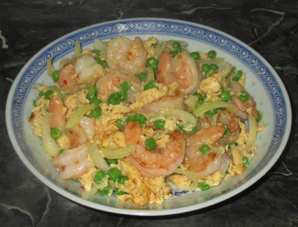 Spiced Eggs with Shrimp