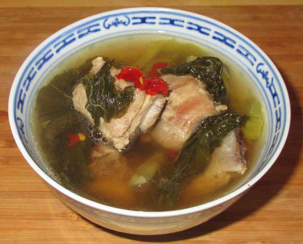 Soup with Pickled Mustard and Pork Ribs