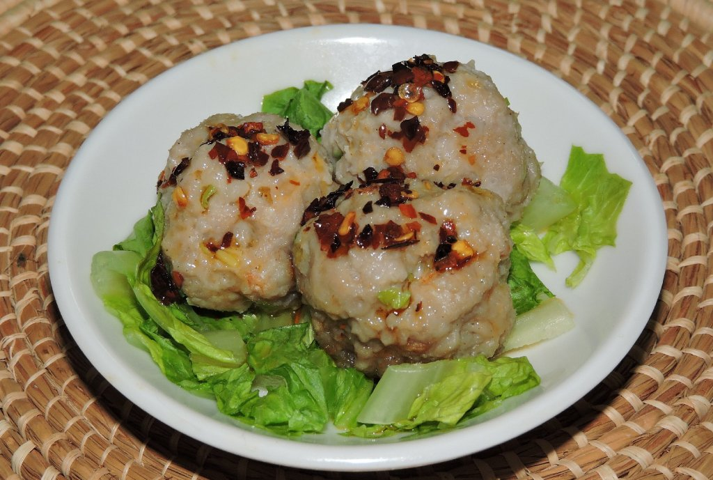 Shrimp and Pork Balls with Chili Oil Condiment