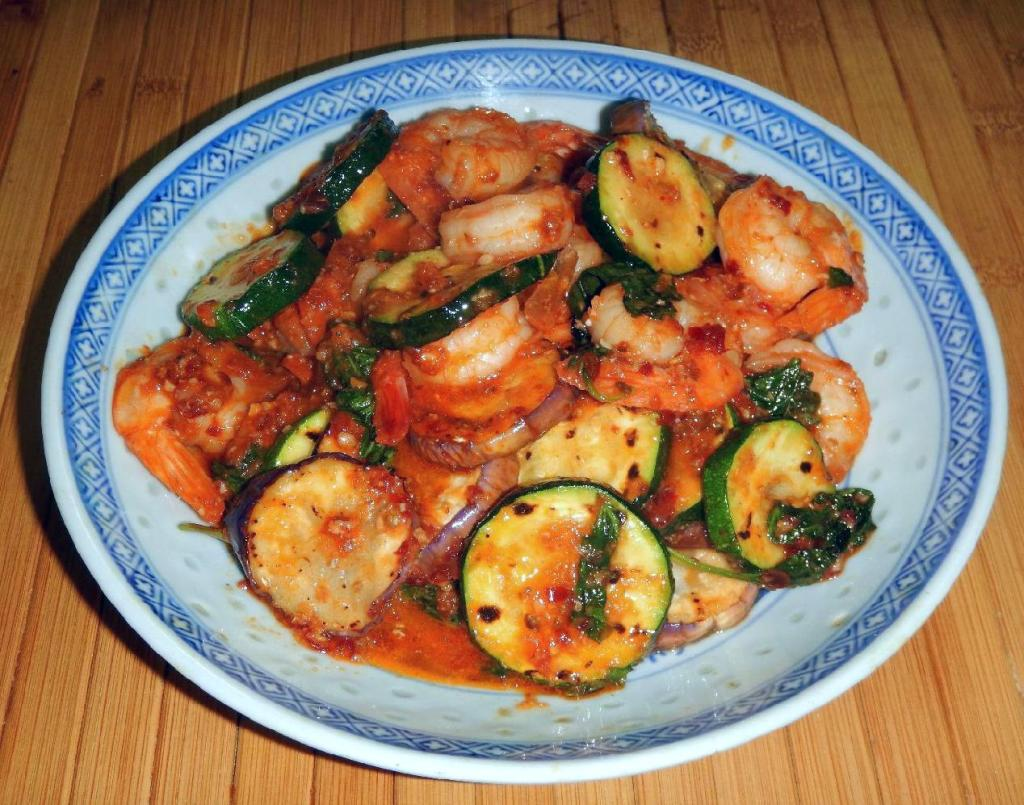 Red-Curried Shrimp and Vegetables