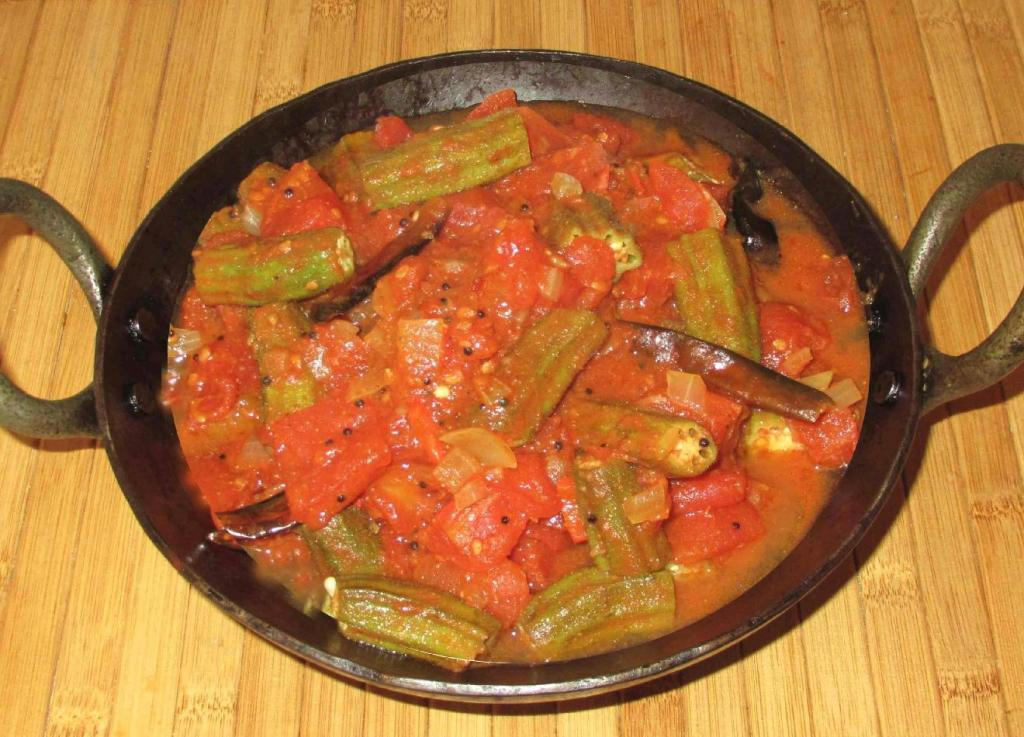 Okra and Tomato Curry