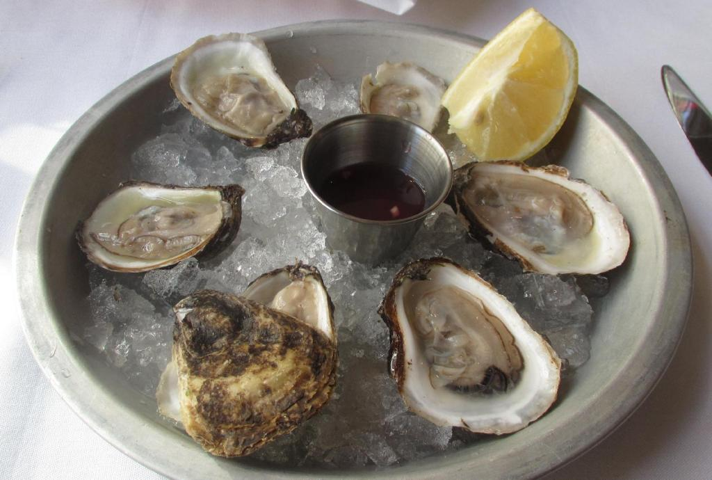 Pearl Cocktail Oysters from PEI