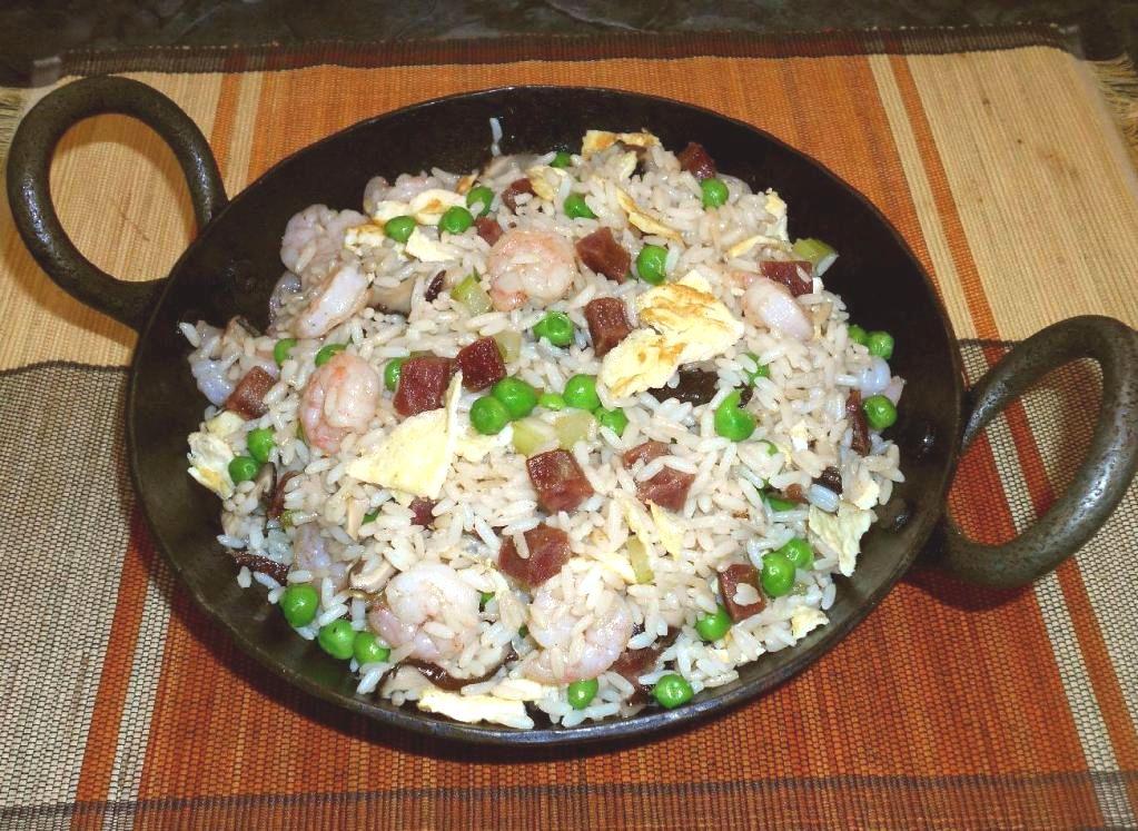 臘腸蝦仁炒飯 - Shrimp and Sausage Fried Rice