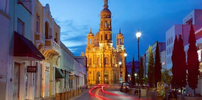 Aguascalientes Church at night