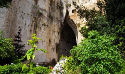 Jaskinia Ucho Dionizosa koło Taorminy