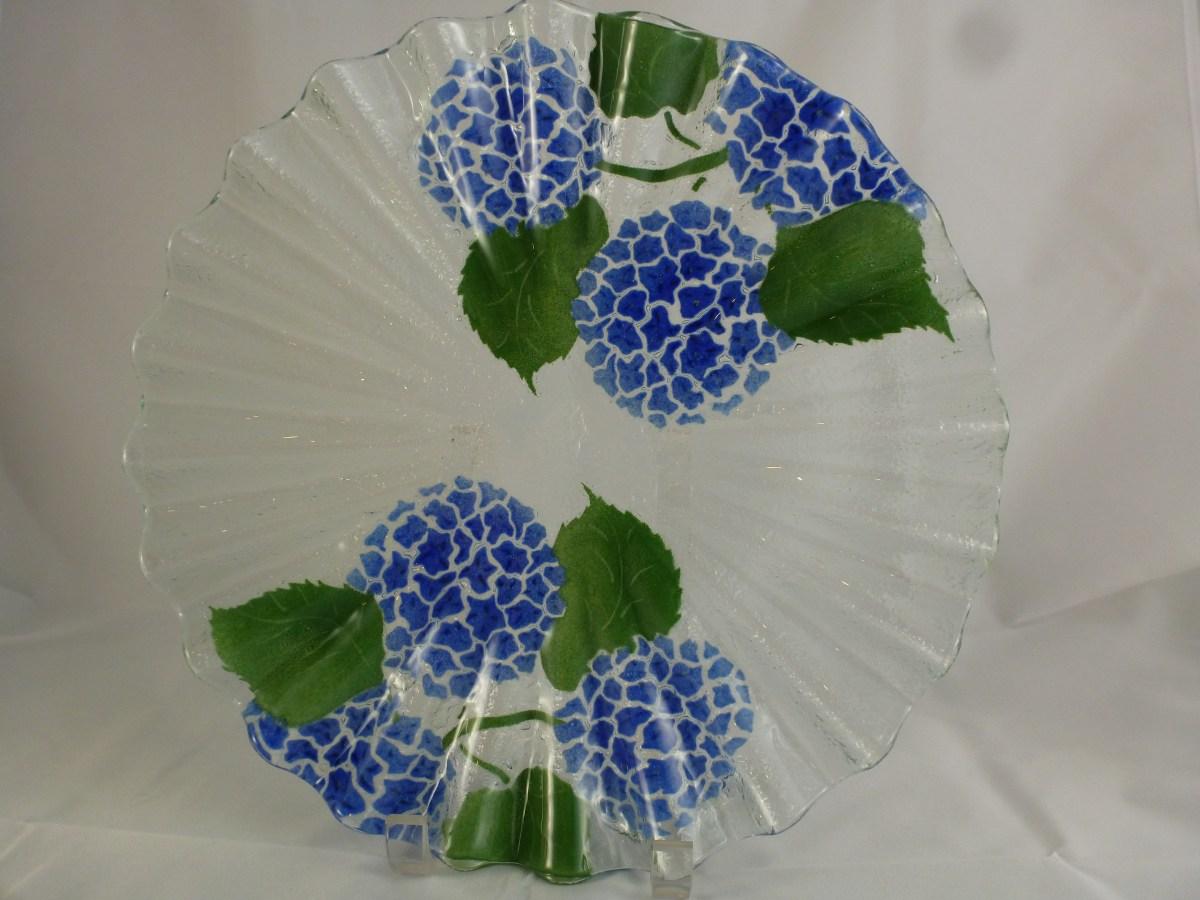 Hydrangea Scallop Plate