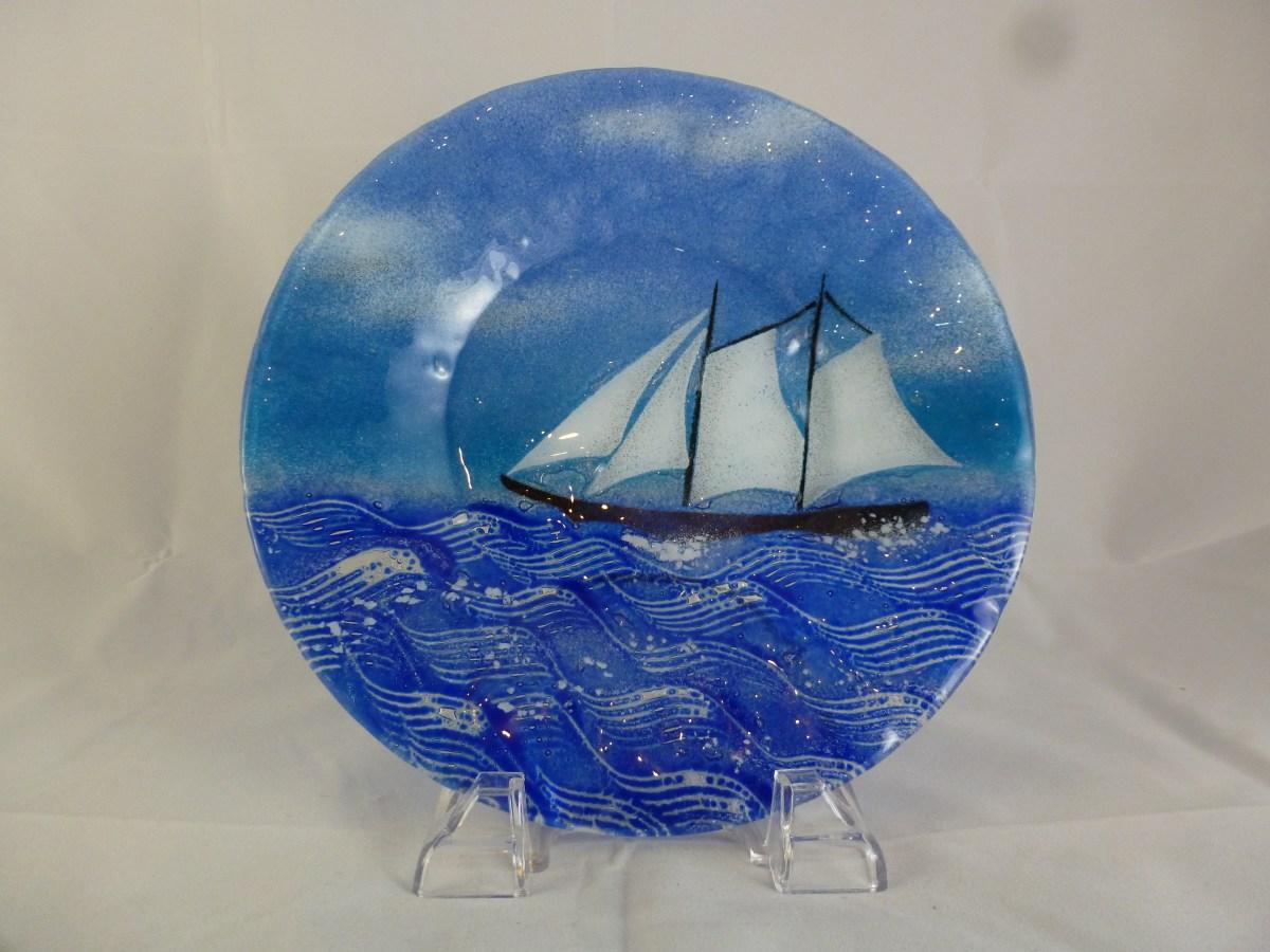 Sail boat (blue sky)