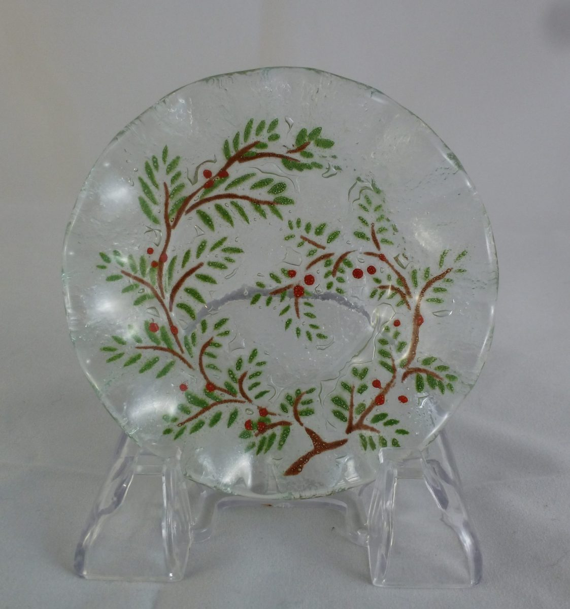 Cranberry Cup Plate (fluted)