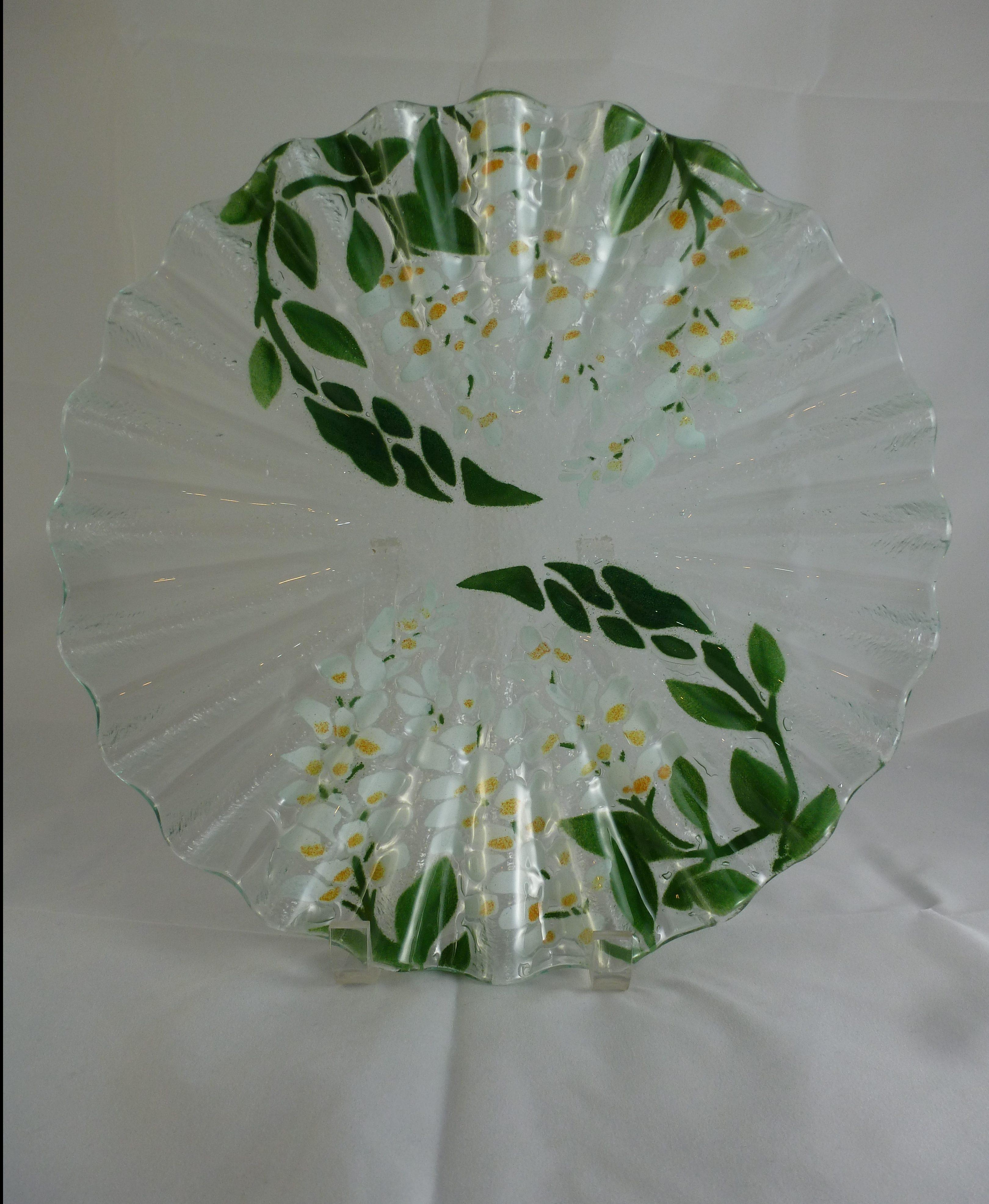White Wisteria Scallop Cake Plate