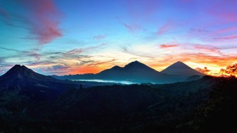 mountains_sky_bali_sunrise_kintamani_indonesia_95497_1920x1080