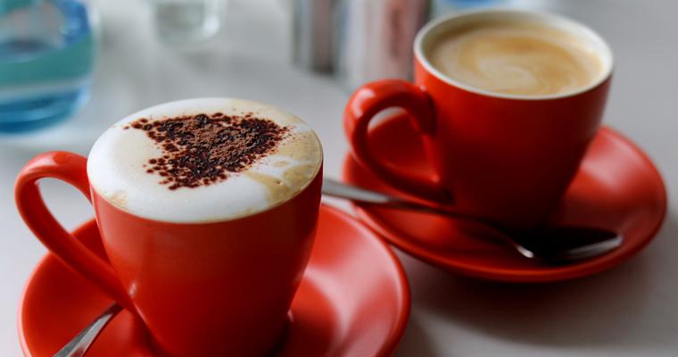 桟橋の上のカフェ TIDE CAFE(タイド・カフェ) | ROSE BAY