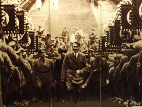 Hyllesten av Hitler nådde religiøse dimensjoner.