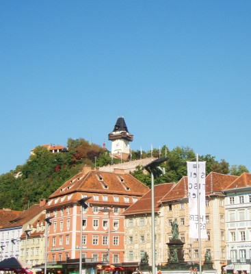 Festningen Slussberg ligger over byen Graz!