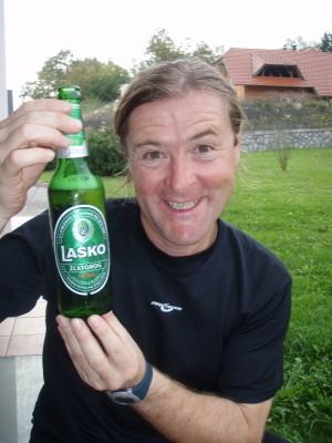 Thomas setter pris på en Lasko etter dagens etappe!