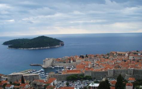 Forlater nå Dubrovnik og setter kursen mot Albania!