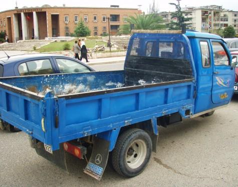 Lastebil med 3 hjul var svært vanlig i Kina!