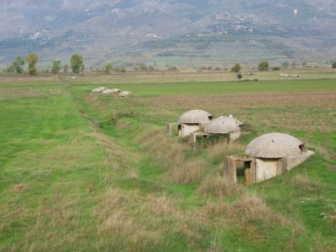 Hele den albanske befolkning kunne få plass i bunkere!