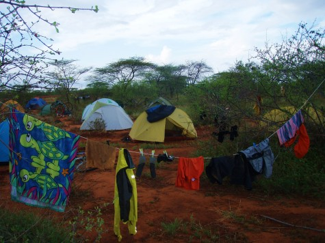 Telting og tørking av klær i bushen i Kenya!