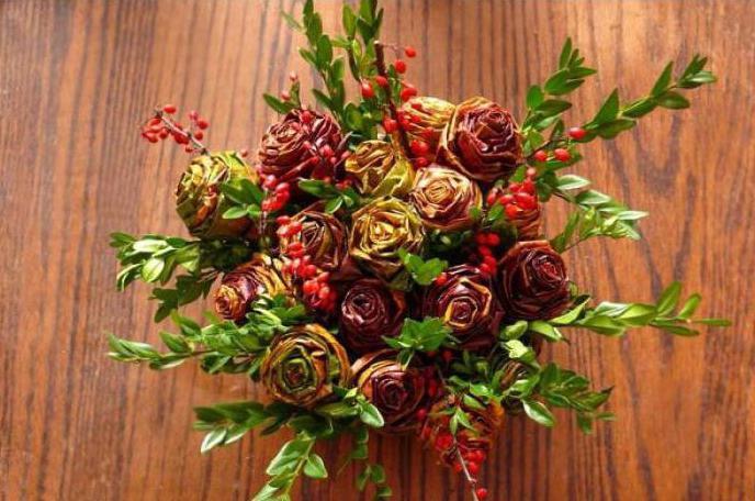2149489 Как сделать цветы из листьев руками. Розы из кленовых листьев своими руками пошагово