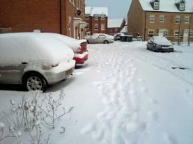 Snowy Day, Jackdaw Road, Corby, UK.