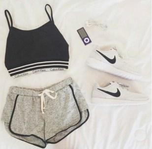 i5woh1-l-610x610-calvin-klein-calvin-klein-bra-nike-nike-shoes-nike-sneakers-nike-sportswear-nike-running-shoes-tumblr-tumblr-outfit-tumblr-clothes-tumblr-girl-tumblr-shirt-black-black-white-black
