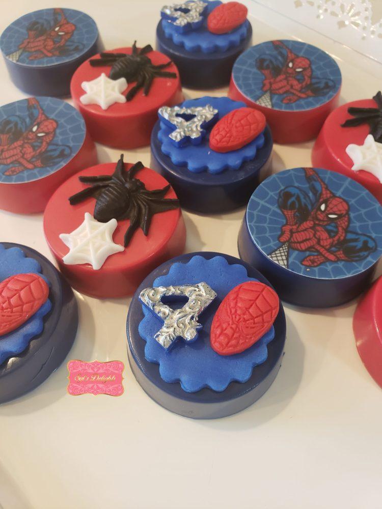 Spiderman Oreo cookies