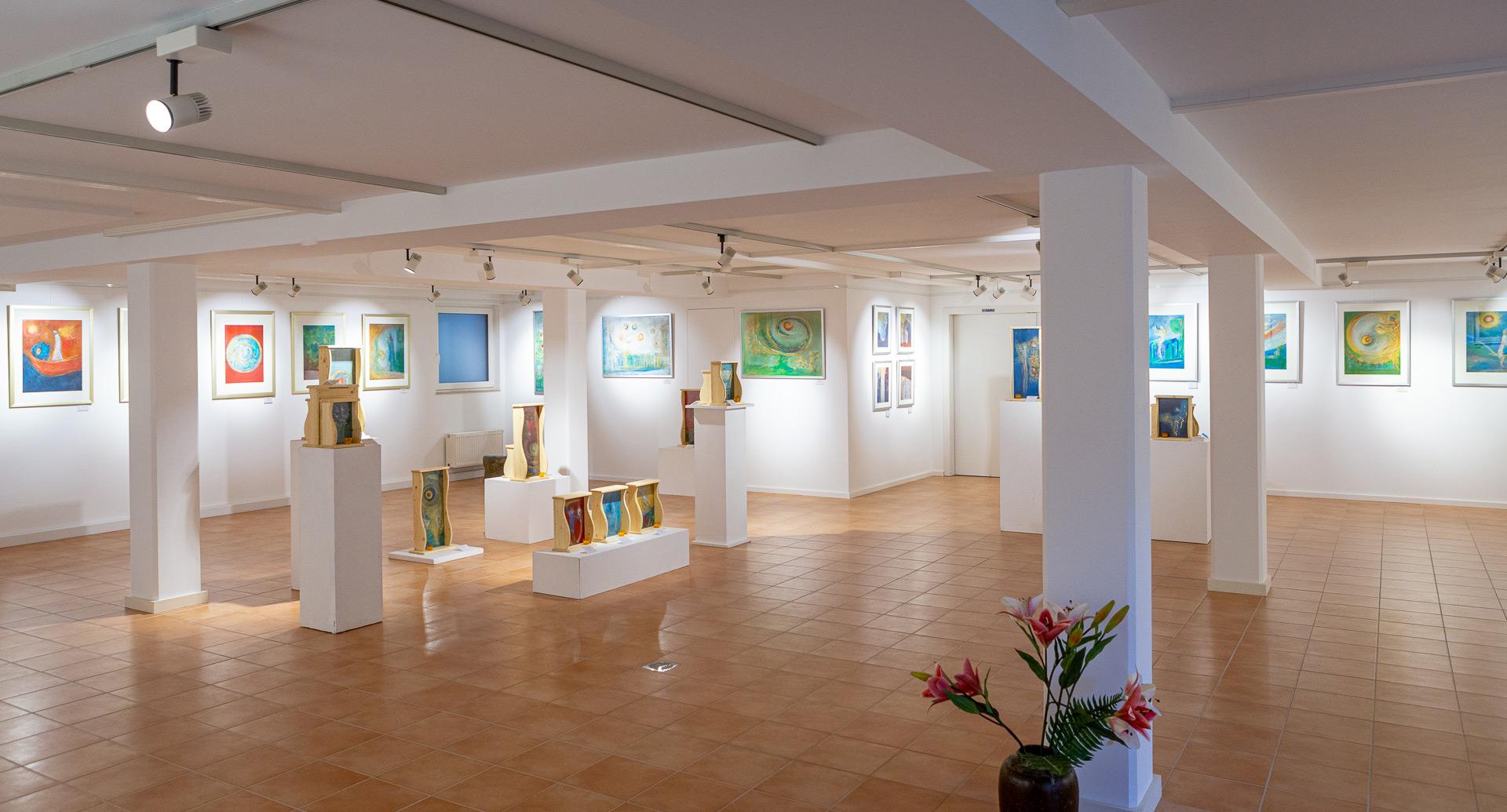 Ausstellung Sylvia Wolff in der Abtei St. Hildegard in Rüdesheim 2020