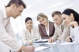 Préparer les élèves au monde de l'entreprise.