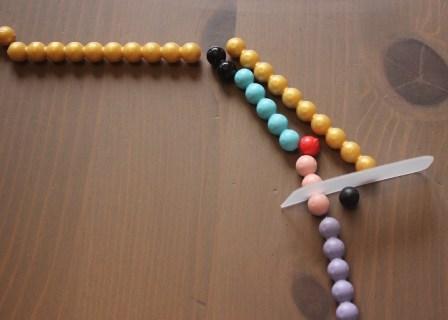 Montessori perles de couleurs