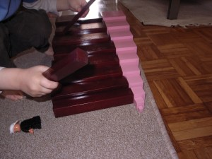 Montessori escalier marron
