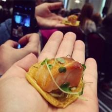 Saumon sur socca de pois chiches