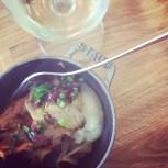 Pintade au vin blanc et tomates séchées - un autre coup de coeur.