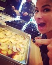 Mon amie Marie-Pier était très fière de son alignement de pommes de terre pour le gratin dauphinois