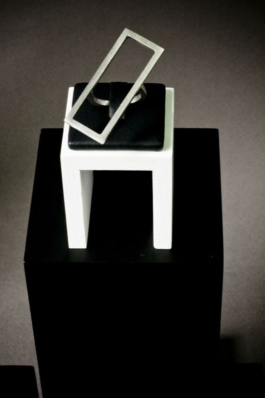 Mind The Gap rectangular silver ring