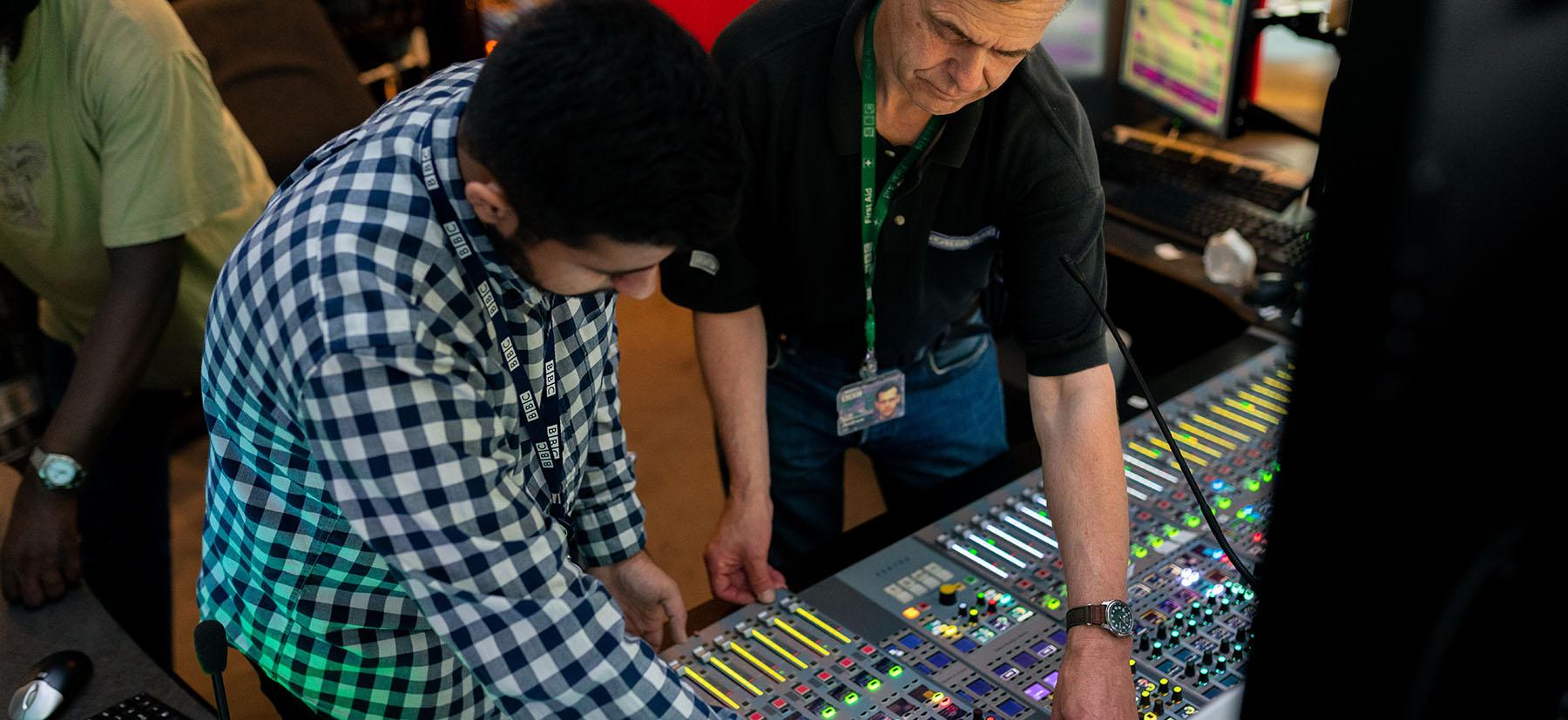 student doing sound engineering apprenticeship