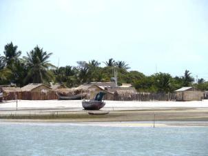 The fishing village on Ilha Dos Lencois