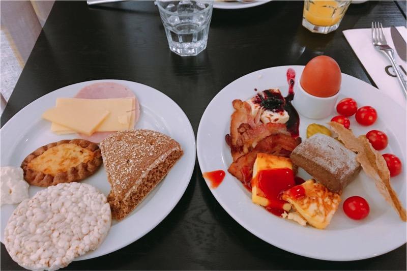 ホテルの朝食。最終日はもりもり食べます。