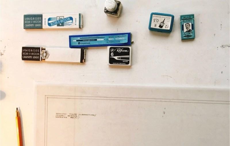アールト邸の設計室の文具