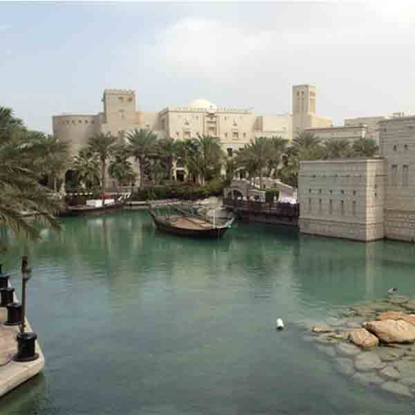 lake-at-medinat-jumeirah