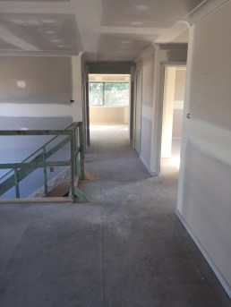 Upper lounge / hallway