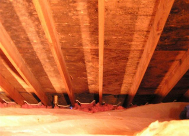 Top 4 Causes Of Attic Mold Growth!