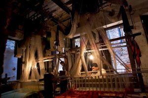 Indian loom for weaving silk, Varanasi, Uttar Pradesh, northern India