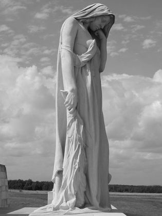 Canada Bereft, Canadian National Vimy Memorial Image © Labattblueboy with CCLicense
