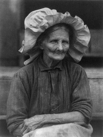 Old Woman in Sunbonnet, Doris Ulmann