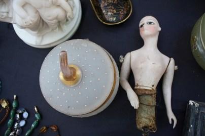 damaged goods © istolethetv with CCLicense