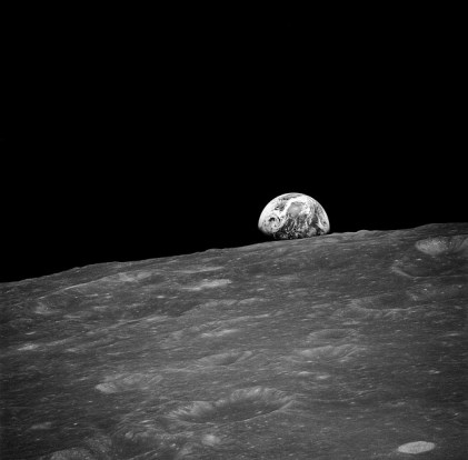 Earthrise on the Moon via Pixabay