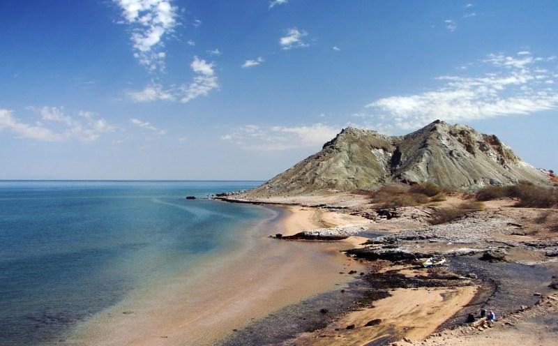 Khezr_Beach,_Hormoz_Island,_Persian_Gulf,_Iran,_02-09-2008